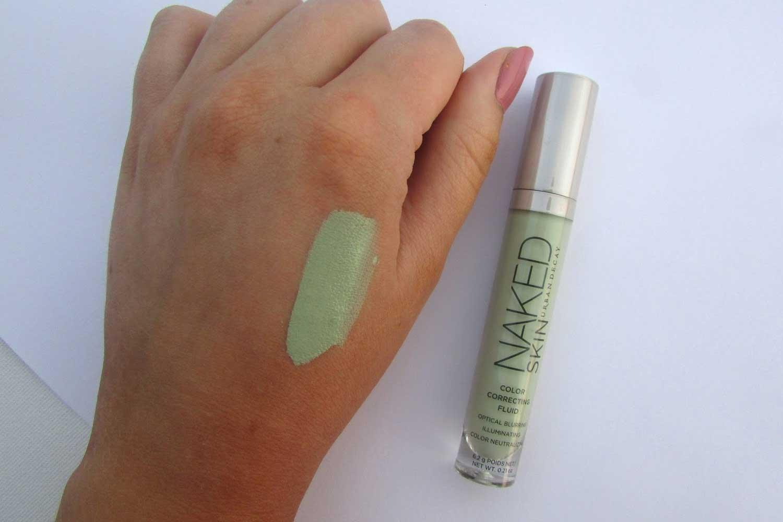 Green concealer on hand